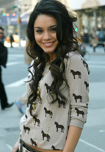 beautiful, fashion, horse, sweater, sweather, vanessa hudgens