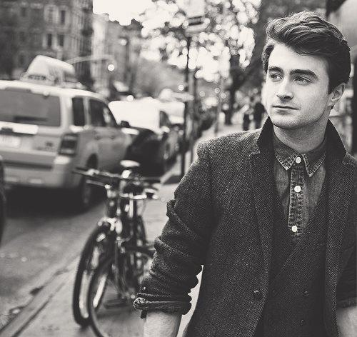 black and white, daniel radcliffe, harry potter, hot, hottie