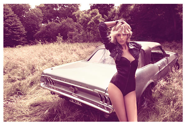 black, blonde, car, cute, face, girl, hot, make up, model, natural, nature, sexy, skinny, vintage