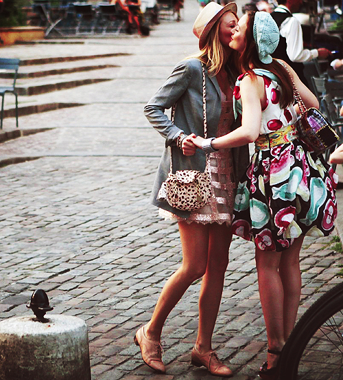 blake lively, cute, friends, girl, gorgeous