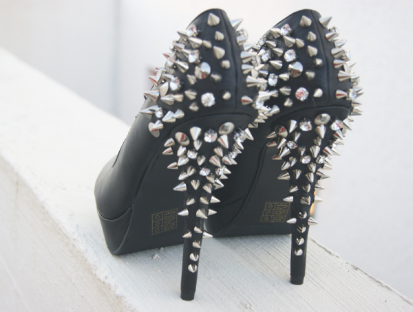 blog, blogger, cecilia keinapel, fashion, girl, girly, keinapel, pumps, shopping, spike, spring, studds