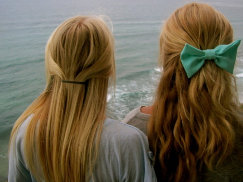 blonde, blue, bow, bows, cute, girls, hair, hair bows, ocean, pretty, turquoise