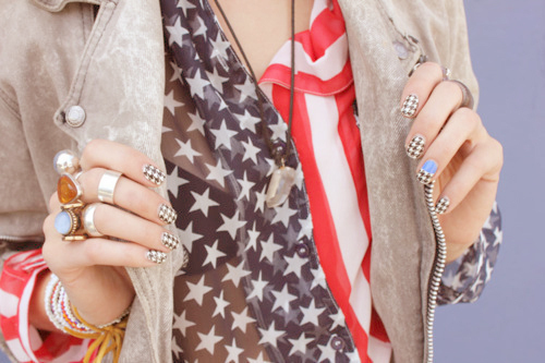 blue, fashion, girl, love the nails! <3, nails, red, usa, white
