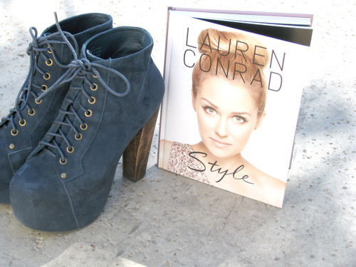 book, boots, fashion, lauren conrad, shoes