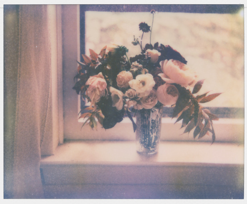 bouquet, cute, flowers, lighting, photography, pretty, roses, sweet, vintage