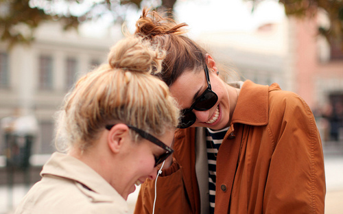 bun, cool, fashion, girls, photography, streetstyle, style, sunglasses