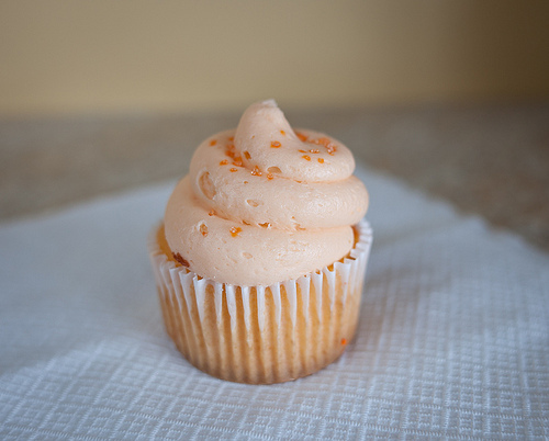 butter cream, butter cream frosting, butter cream icing, cake, colors