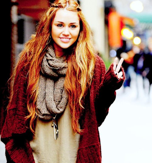 cute, fashion, girl, hair, long hair, miley, miley cyrus
