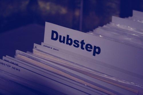 dubstep, music, text