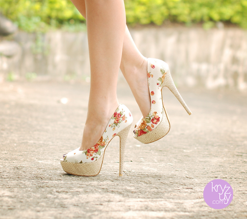 fashion, floral pumps, shoes