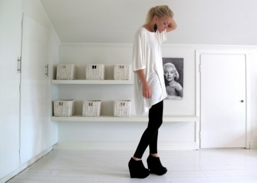 fashion, girl, heels, room, shoes, t-shirt