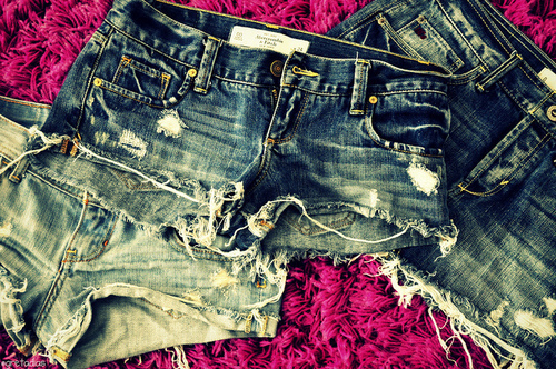 fashion, hollister, jeans, ripped, ripped jeans, shorts, summer