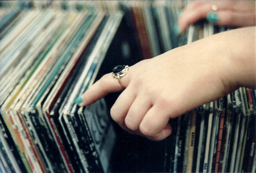 fingers, hands, nails, photography, pretty, records, ring, vintage
